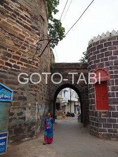 ブージ城壁門