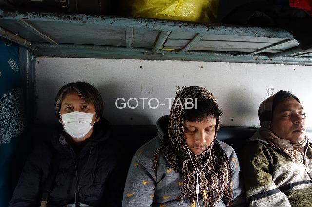 コルカタ列車