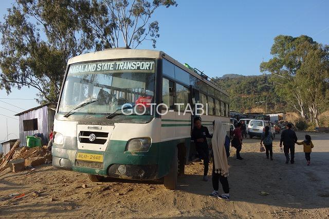 ディマプールからコヒマへのバス