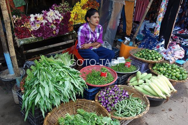 パアンの市場