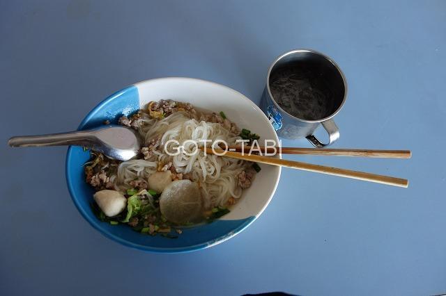 ピサヌロークの麺